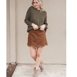 Distressed scallop skirt in camel